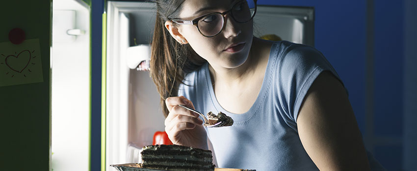Is Midnight Snacking Bad for Me?